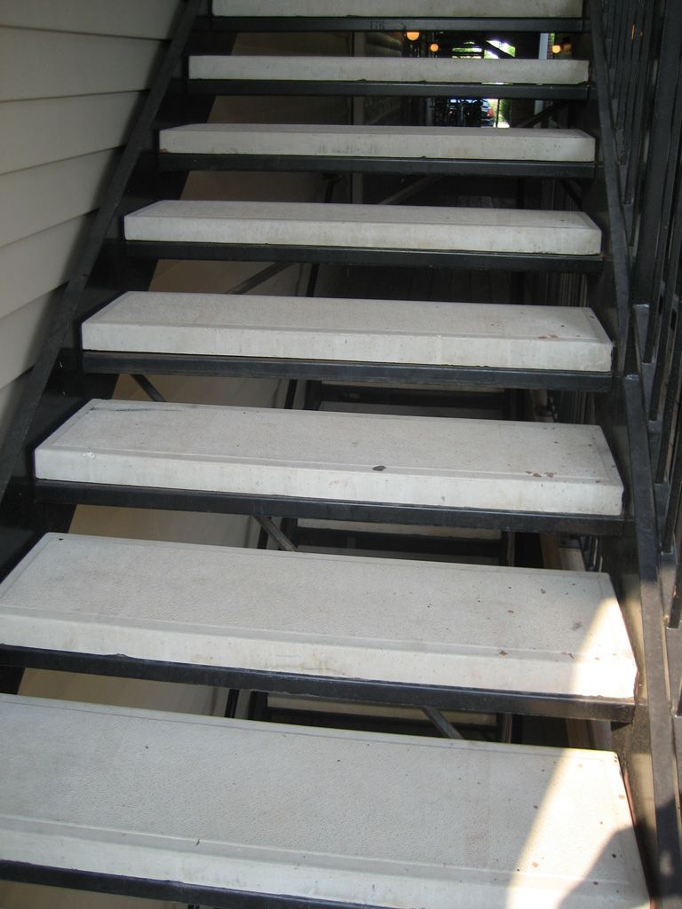 Best Iron Anvil Stairs Double Stringer Treads Concrete Smooth 400 x 300