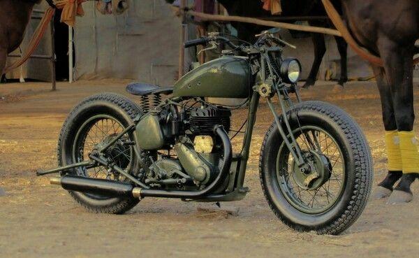 WW2 style custom