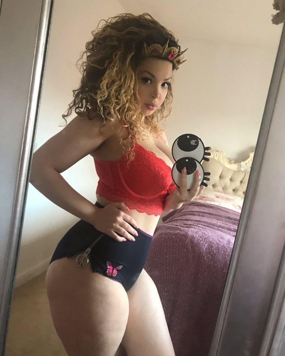 Aruba Jasmine naked 655