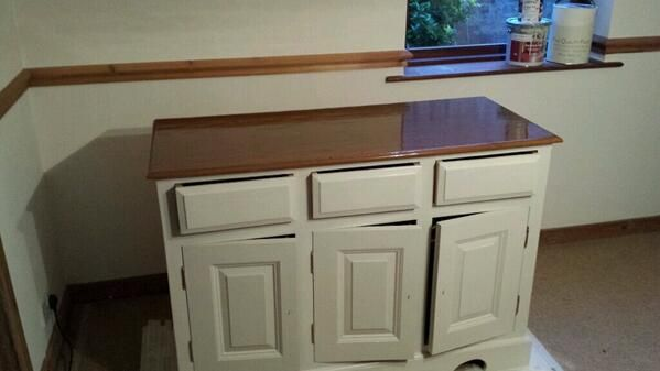 Osmo Polyx Oil Tints 3071 Honey On Cabinet By Cheshire