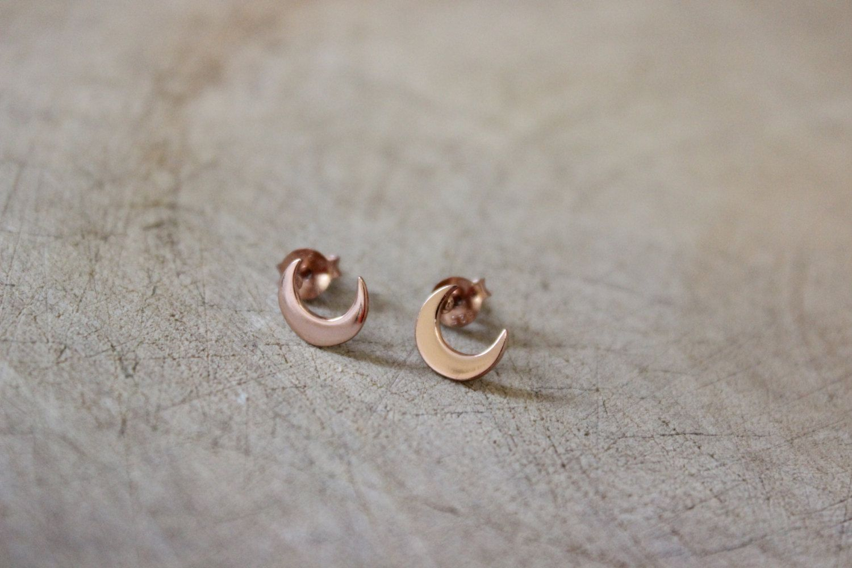 Gold Cresent Earrings Cresent Stud,Cresent Moon Stud Cresent Earrings Tiny Cresent Moon Studs Minimal Dainty Cresent Moon Stud Earrings