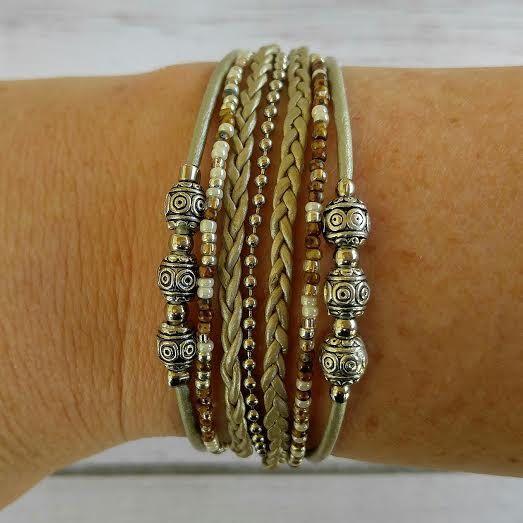 Damen Leder Armband / / Picasso Perlen Multistrand Armband / / Desert Dreamer / / Geschenk für sie