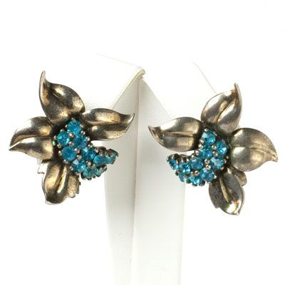 Pennino Vintage Jewelry - Aquamarine & Sterling Leaf Retro Modern Earrings