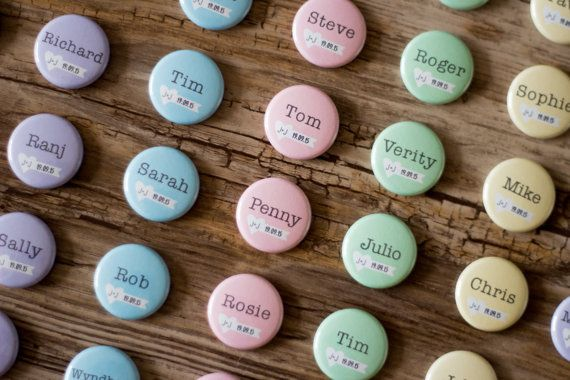 Escort Card Button, Wedding Name Tag, Custom Pins, Place ...
