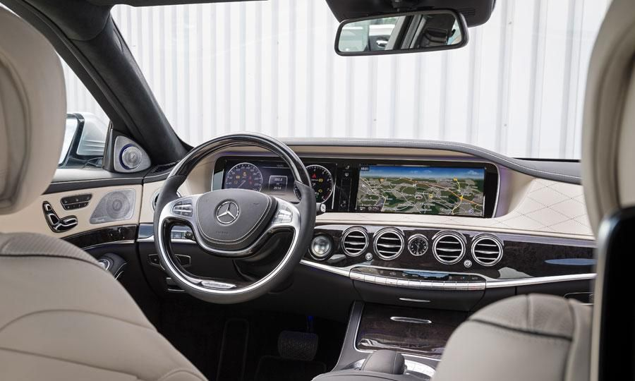 Mercedes benz s class s550 interior dash and conso photo for Mercedes benz s550 interior
