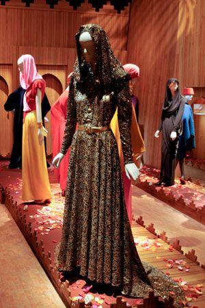 1cf54ccaeb43 yves saint laurent after marrakech - Google   Haute Couture ...