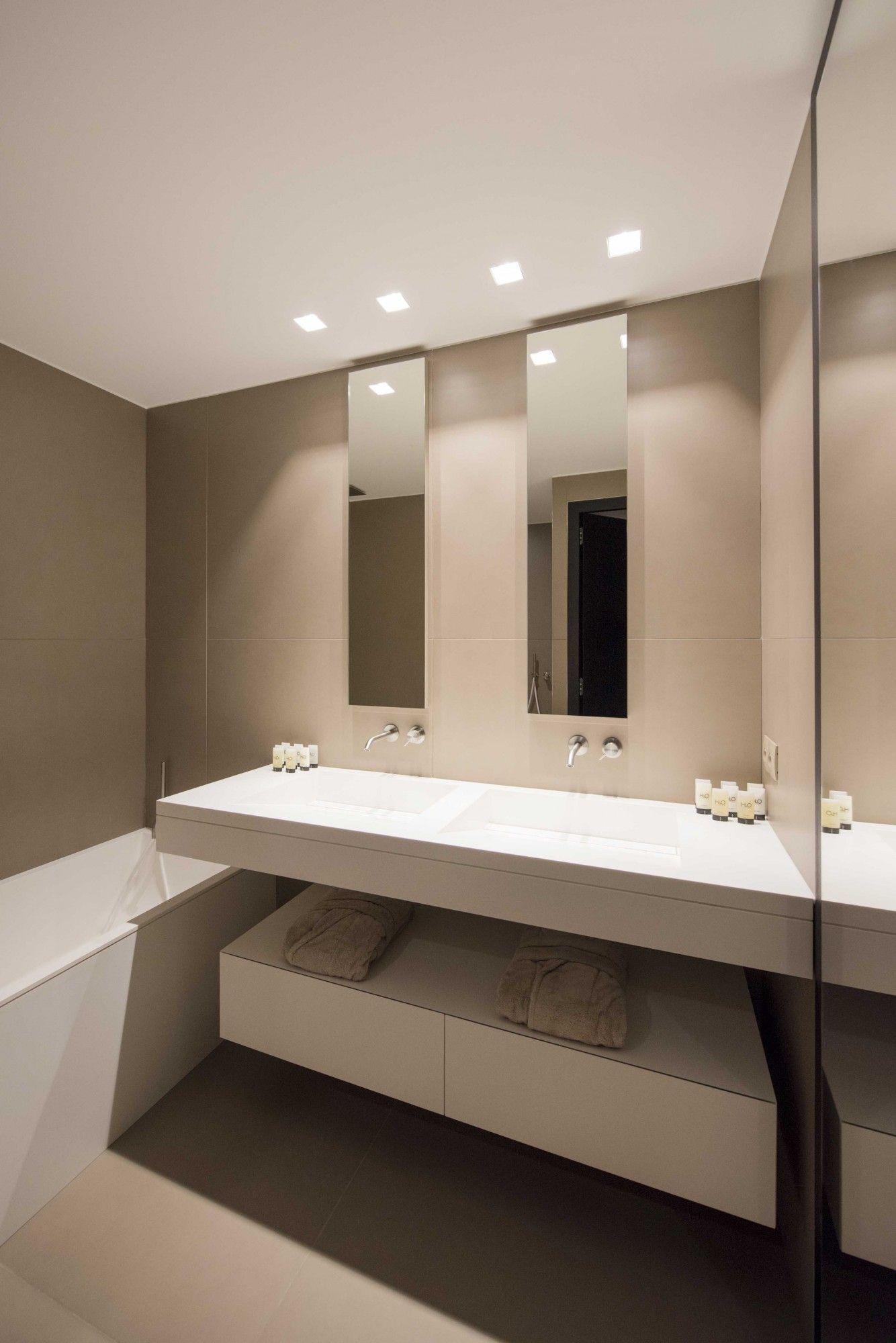 Salle de bain, taupe, luxe chic | Travaux salle de bain ...