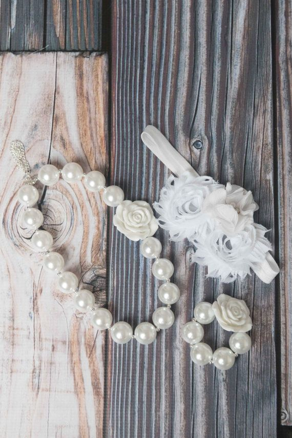 Baby girl chunky necklace - baby headband, gift set first birthday. La Bella Rose Boutique.