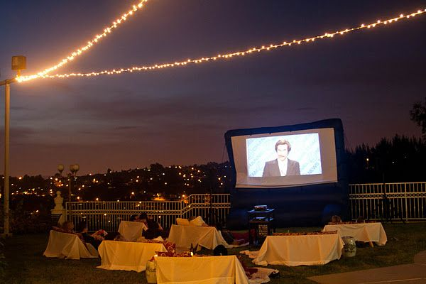 Outdoor movie party! Awesome!