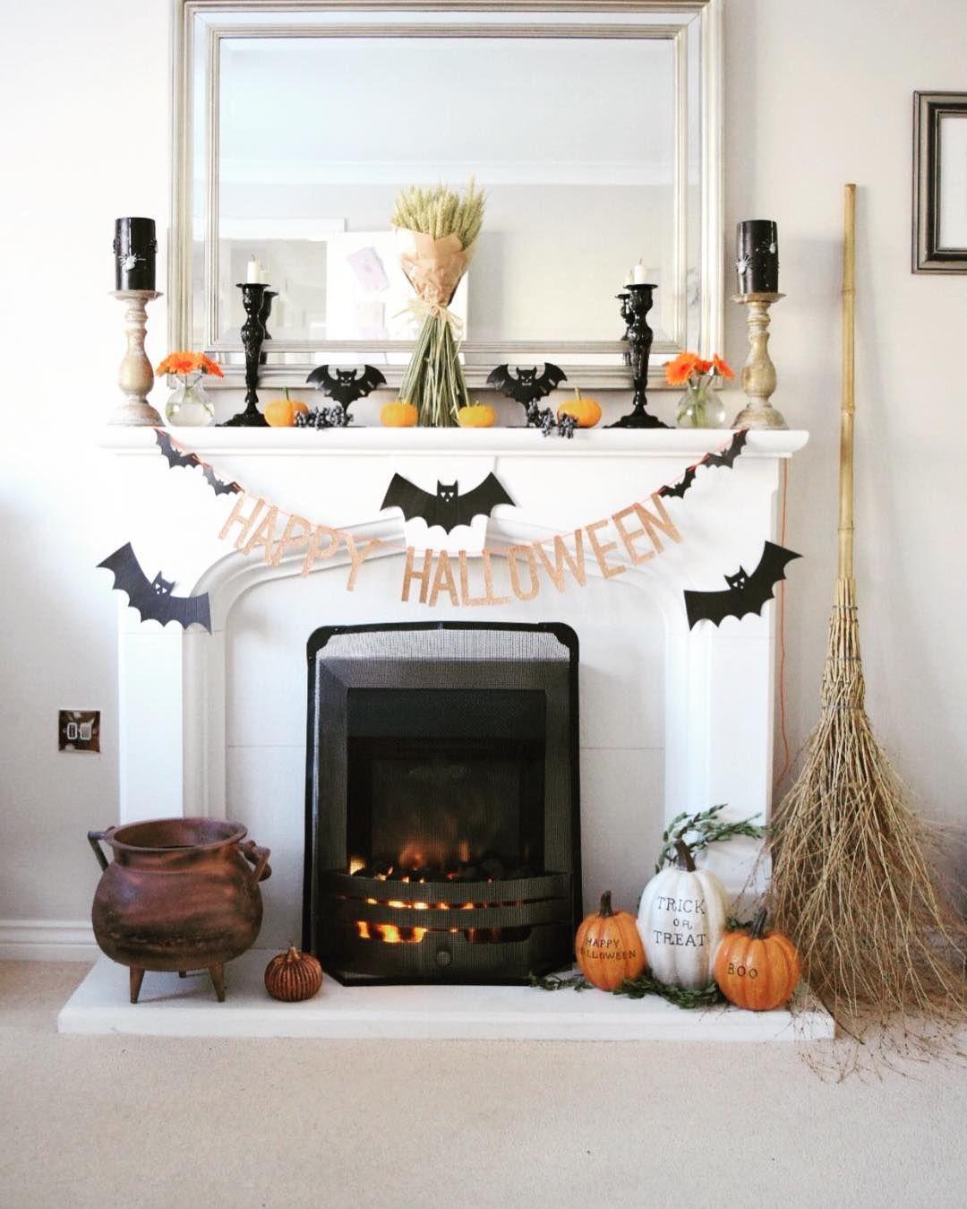 50+ Unique Halloween Party Decorating Ideas That'll Floor