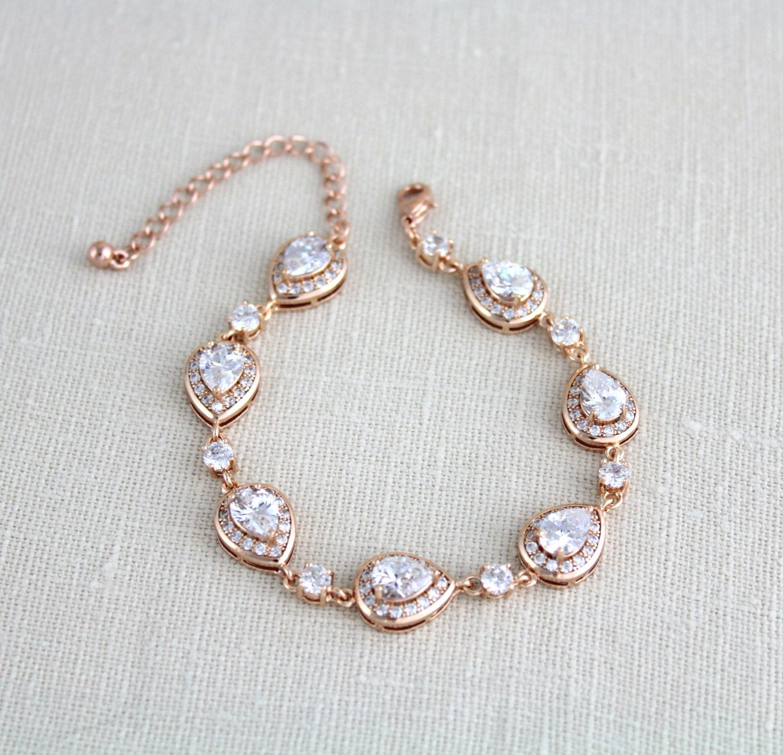 Rose Gold Bracelet Bridal Jewelry Crystal Bridal Bracelet Etsy In 2020 Crystal Bridal Bracelet Bridal Bracelet Crystal Wedding Necklace