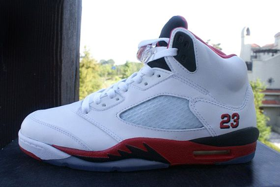 Air Jordan V GS- Fire Red