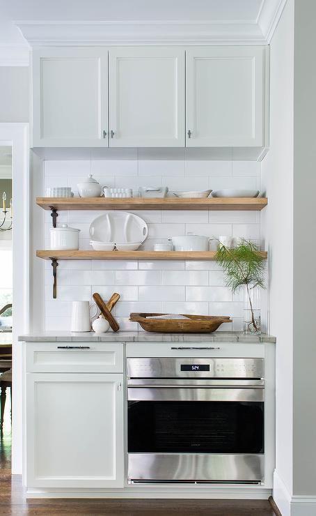 Download Wallpaper White Kitchen Shelf With Brackets