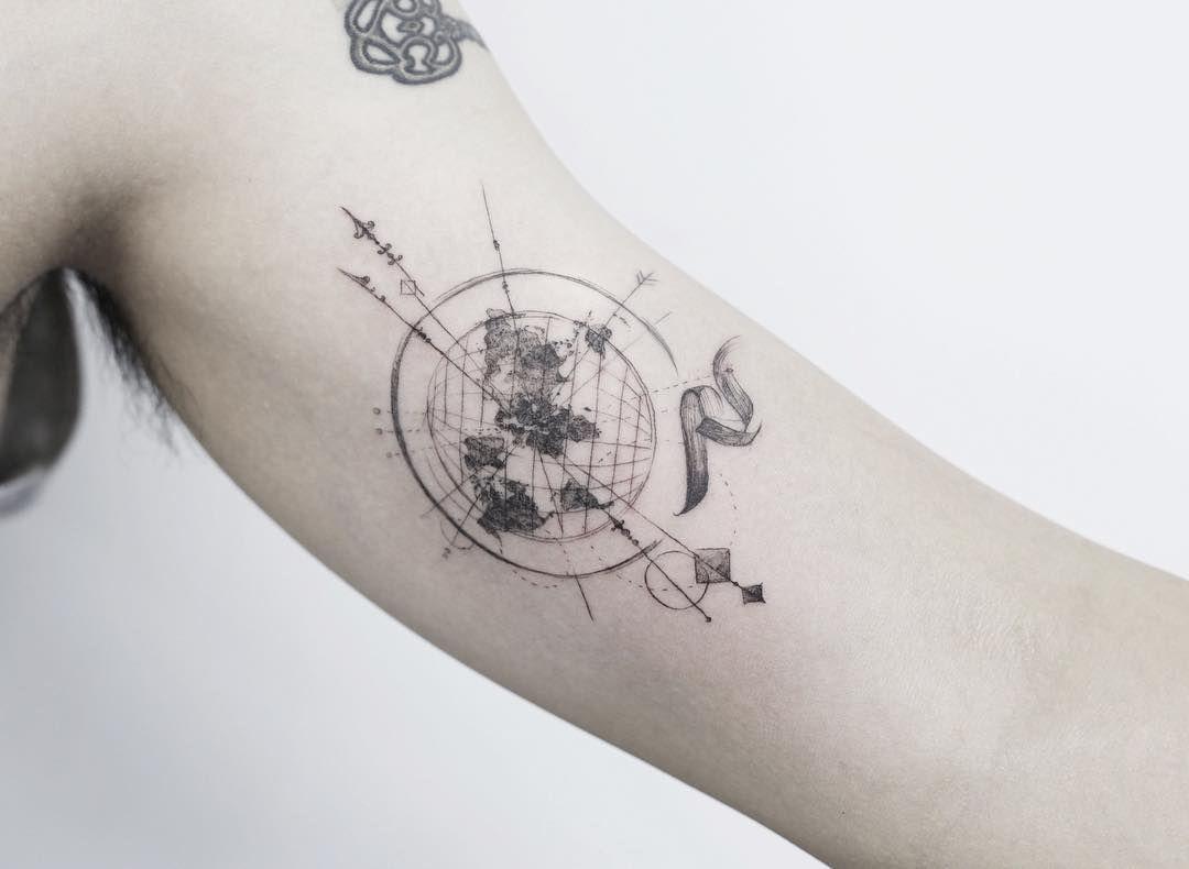 Compass world map tattooistflower tattoo tattoos flowertattoo compass tattoo map tattoos on instagram gumiabroncs Images