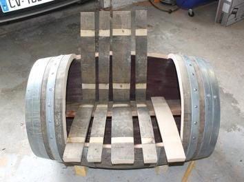 Fabrication De L Assise Meubles En Tonneau Barrique Chaise