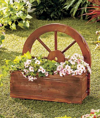 Wagon Wheel Planter Garden Yard Decor Flowers Plants Wood Box