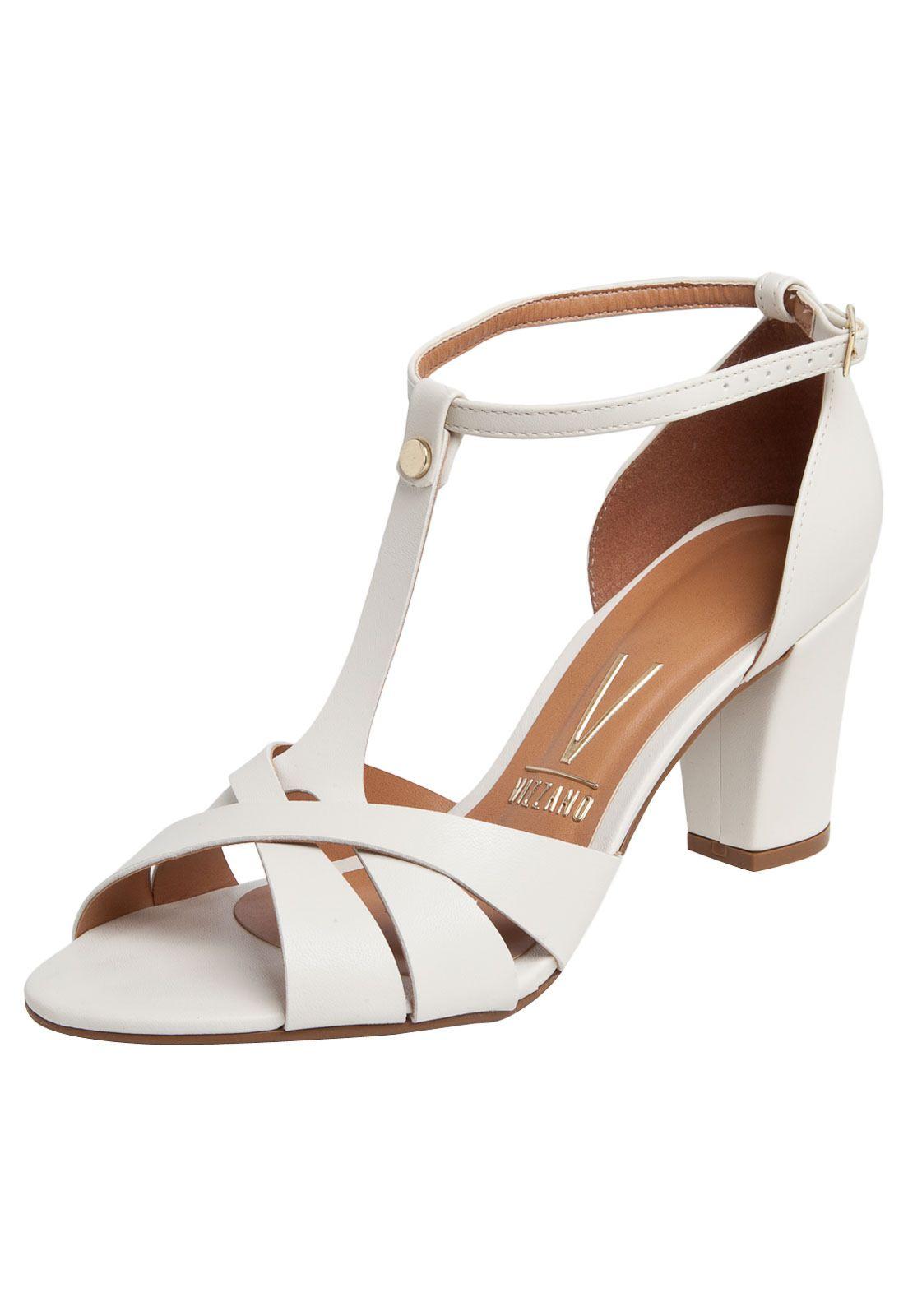 0ae88f29b5   sandals vizzano white for R 99