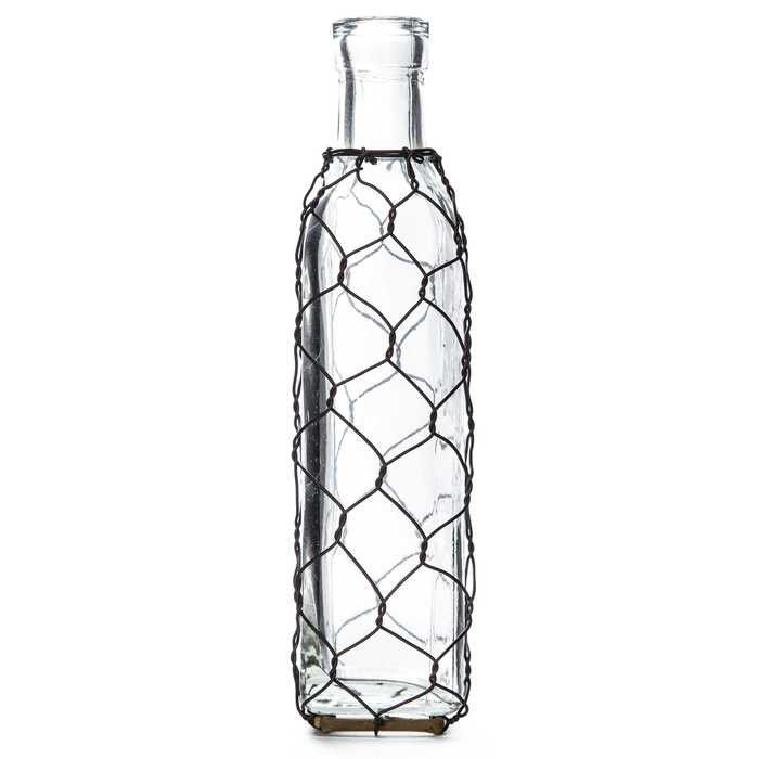 Square Glass Bottle with Chicken Wire | He stole my heart so I\'m ...