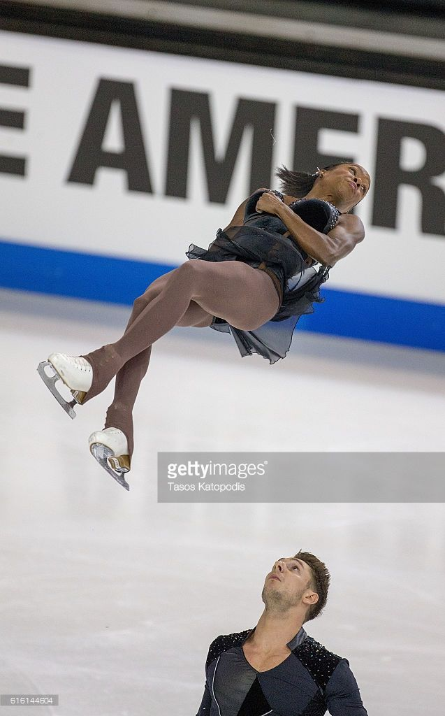 News Photo : Vanessa James and Morgan Cipres of France compete...