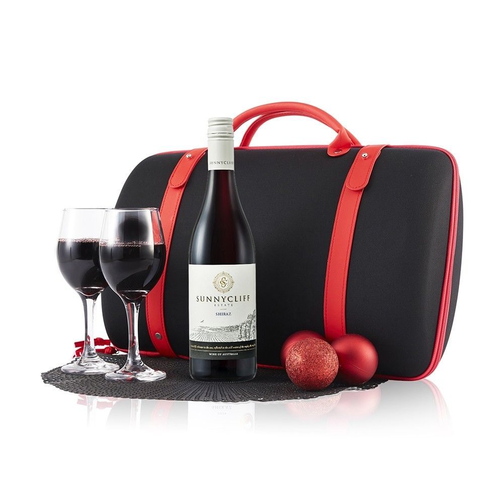 A Delicious Toast For Any Occasion A Perfect Gift For Your Corporate Clients To Cheers To The Years Successes T Red Wine Glasses Nutella Croissant Pinot Noir