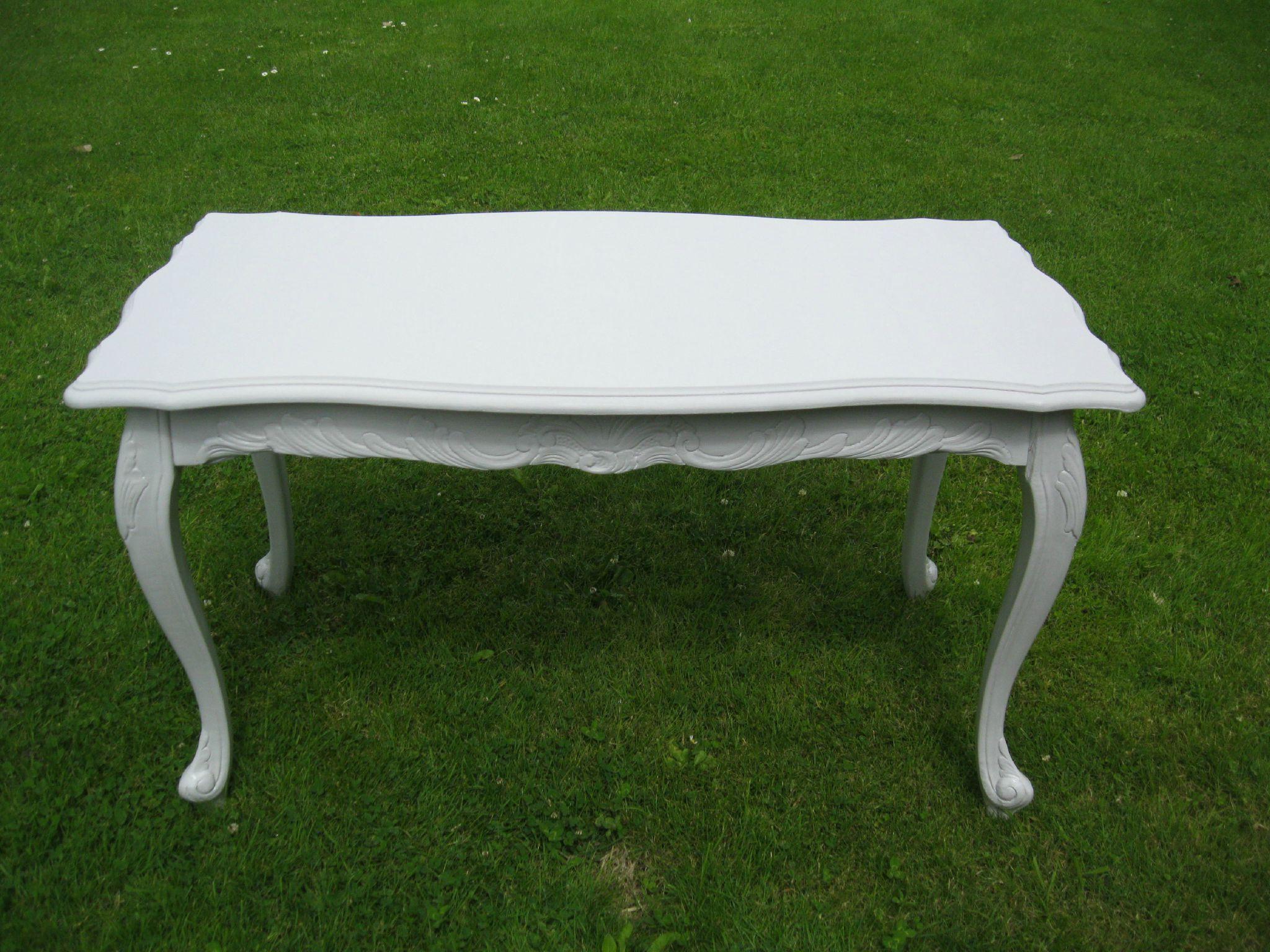 Table Style Louis Xv Shabby Chine Patine Le Monde De Kournia Relooking Meuble Ancien Mobilier De Salon Shabby