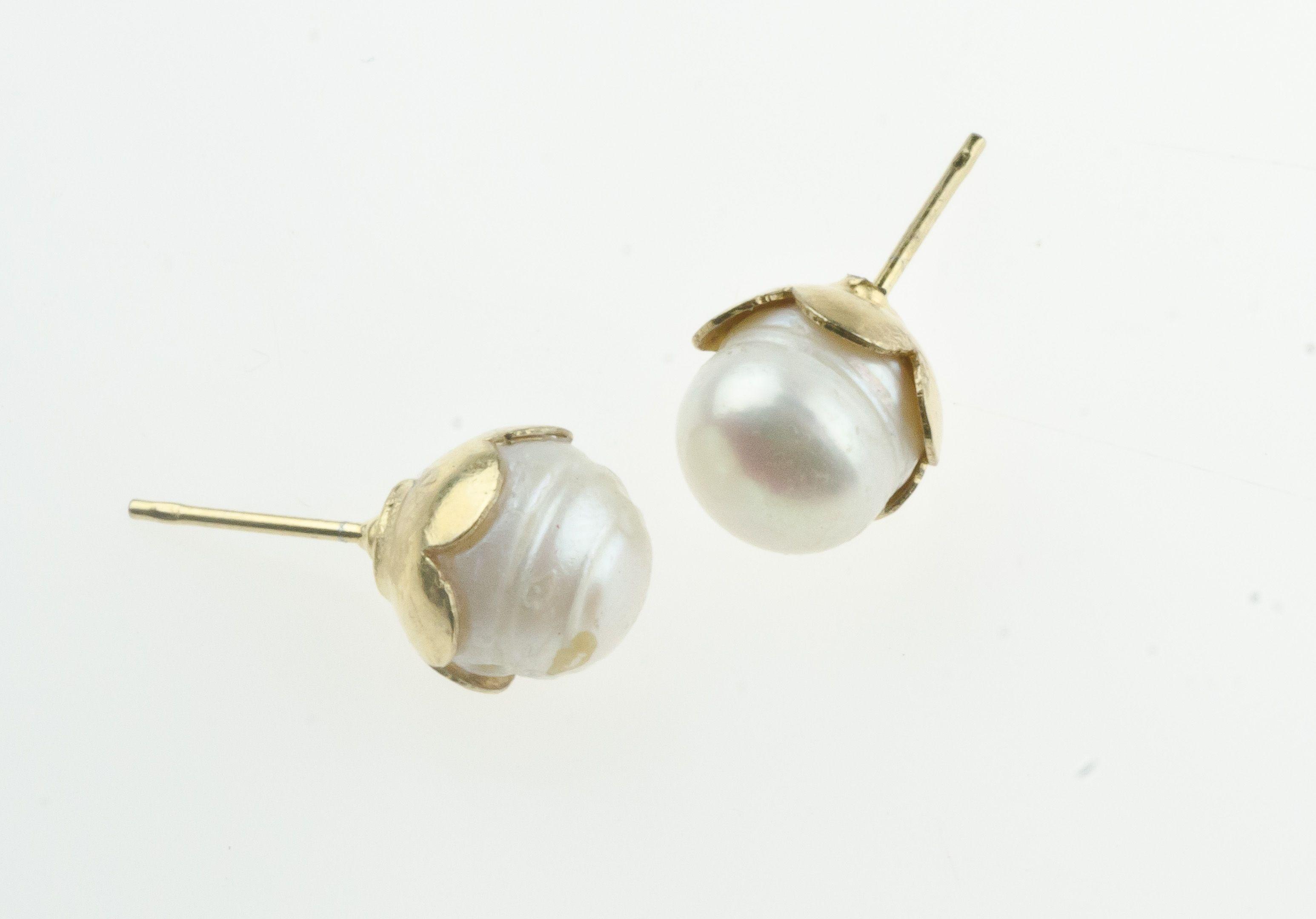 5def23c77d14 Zarcillos de perla cultivada. Todas nuestras piezas son hechas a mano con  talento 100% venezolano! Correo  nardosisabet hotmail.com
