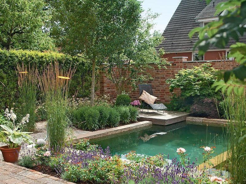 Es muss kein großer Pool sein Auch ein kleines Tauchbecken kann - reihenhausgarten vorher nachher