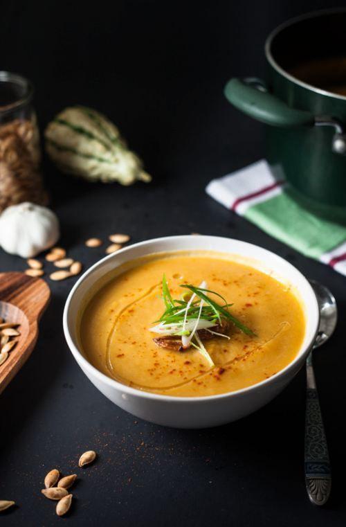 Roasted Garlic, Pumpkin & Leek Soup [RECIPE]