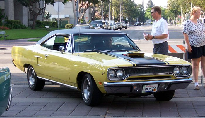 1970 Plymouth Road Runner with Hemi engine and Air Grabber