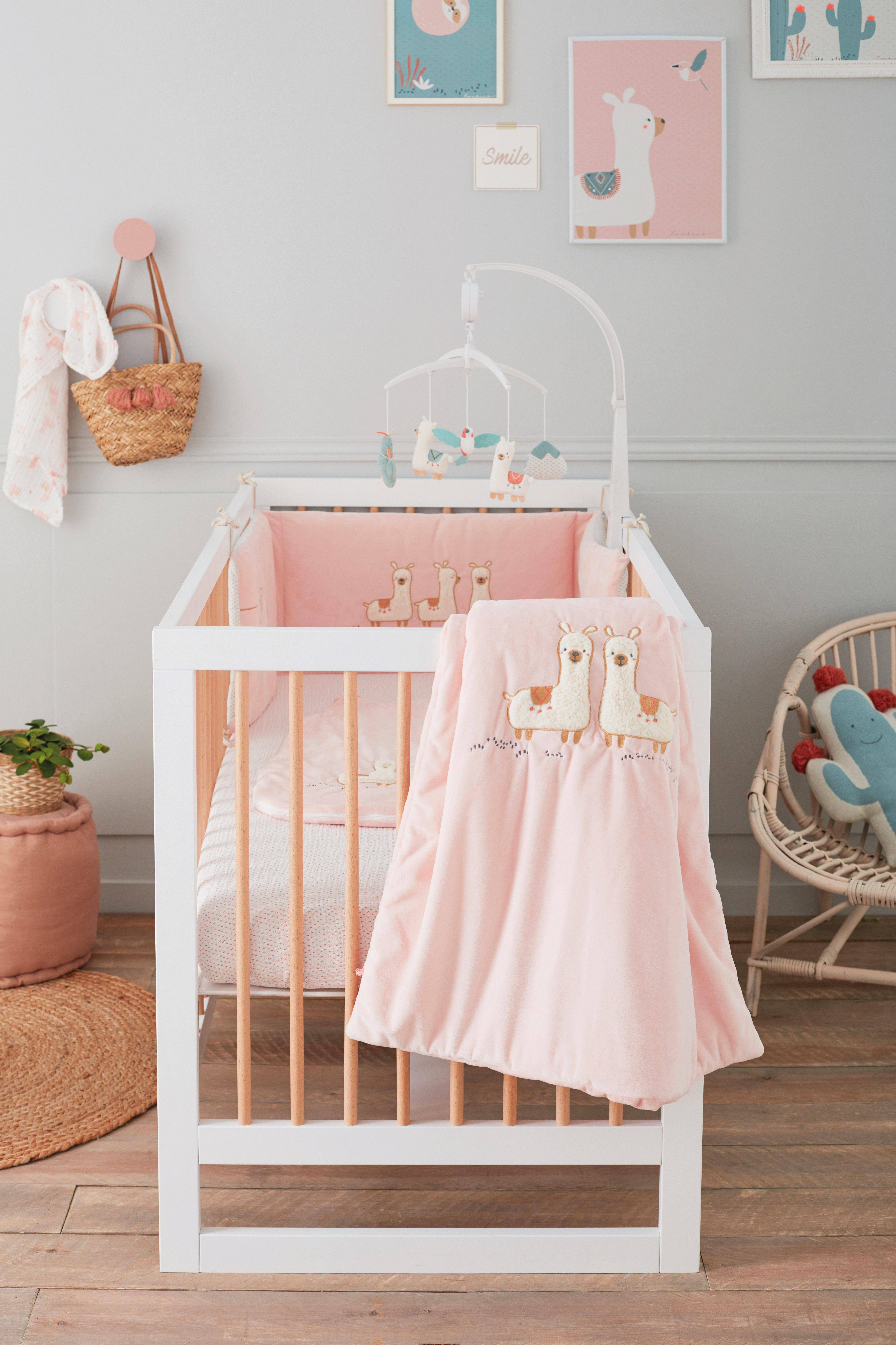 e45eff631c0a1 Couverture rose pour bébé avec une extrême douceur pour garder bébé bien au  chaud pendant la