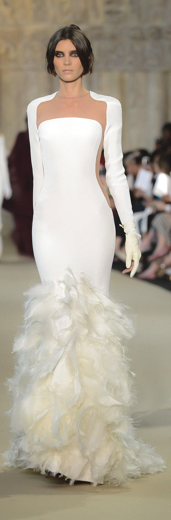 ✜ Stéphane Rolland - Couture - Fall-Winter 2013 ✜ http://en.flip-zone.com/fashion/couture-1/fashion-houses/stephane-rolland-2964