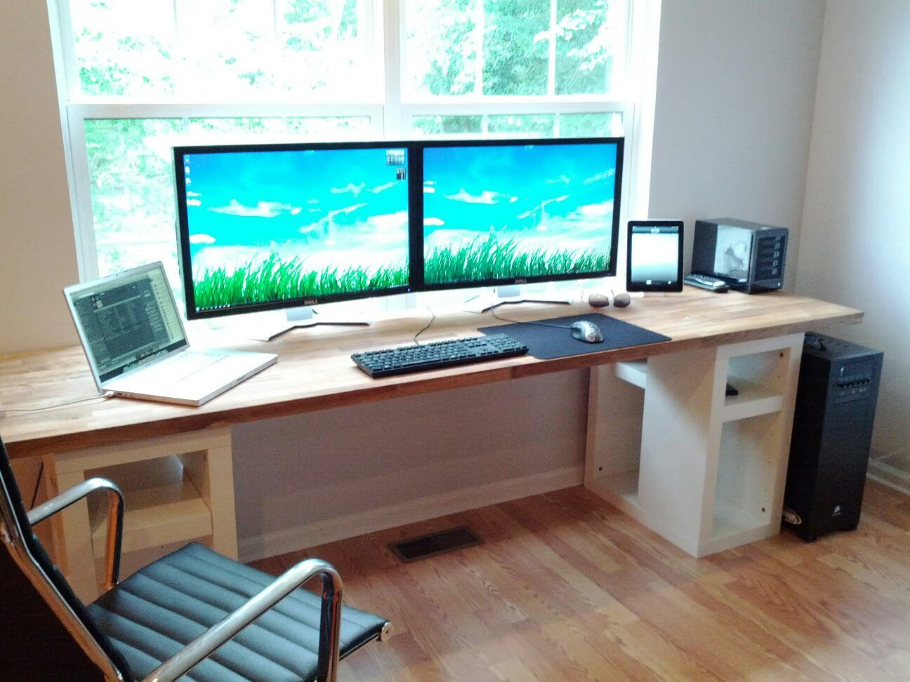 the office super desk. This DIY Office Desk Is Super-Sturdy, Built From IKEA Kitchen Parts The Super @