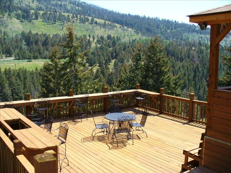 Yellowstone National Park · Cabin Vacation Rental In Gardiner, Montana,  United States Of America From VRBO.com