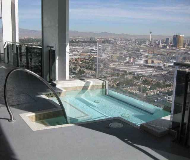 booking with en luxor las room hot vegas info tub hotel in
