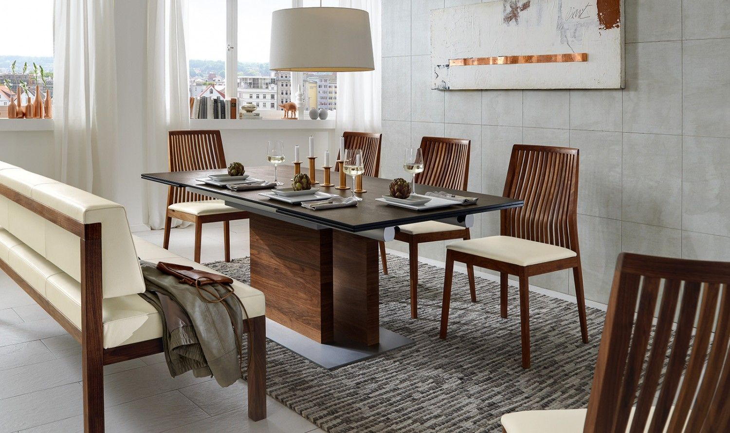 ET229 Dining Table and venjakob chairs