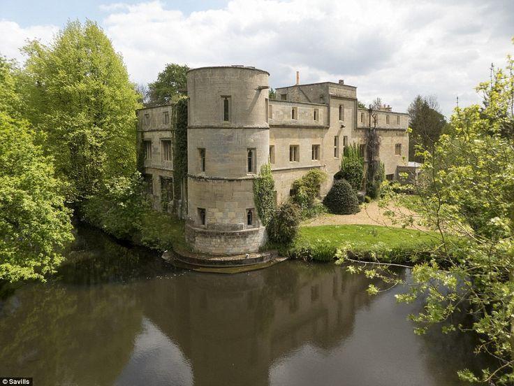 Woodcroft Castle Castle Cambridgeshire Historic Homes