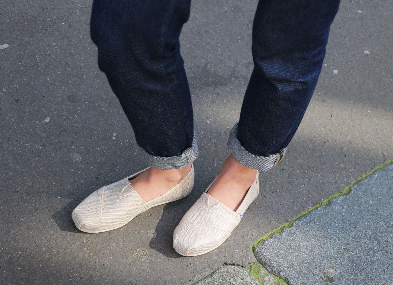 Toms, Shoes