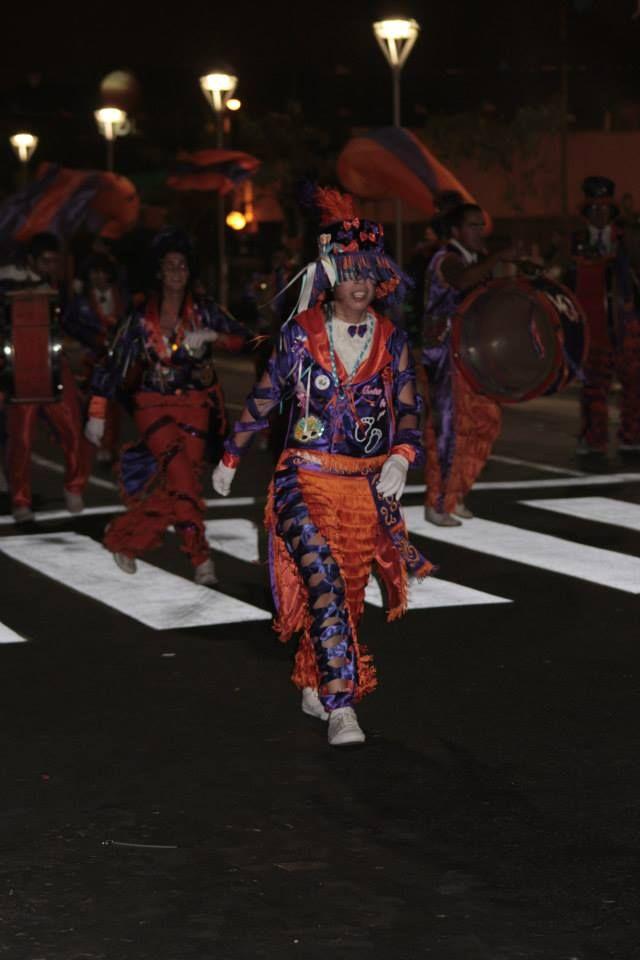 2305b8a18 Carnaval en Buenos Aires - Traje de murga - Levita y pantalón  #DisfracesRosadaSoledad
