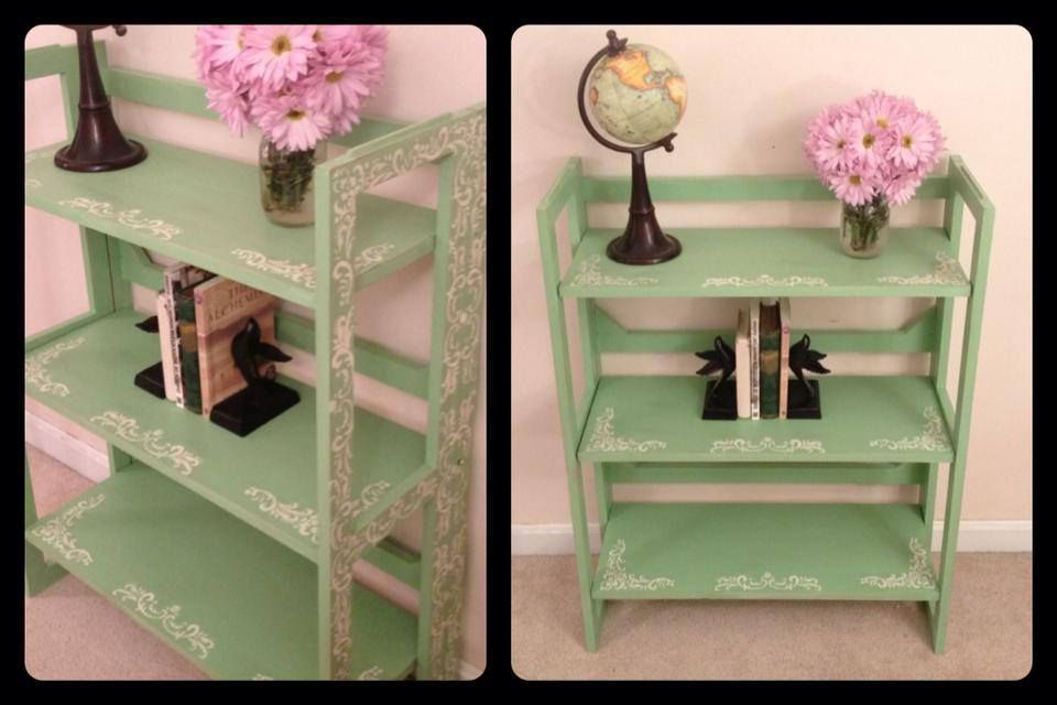 Annie Sloan Chalk Paint Bookshelf In Mint Green Custom Color Mix Of Antibes And Old White Shabby Chi Green And White Bedroom Crafty Decor Painted Bookshelves