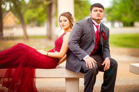 19 Ideas photography poses prom senior portraits for 2019 #promphotographyposes