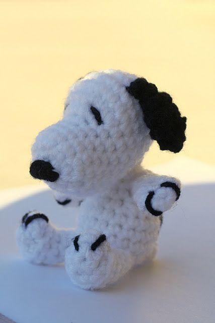 Snoopy DIY includes the pattern yay | Crochet / Häkeln | Pinterest ...