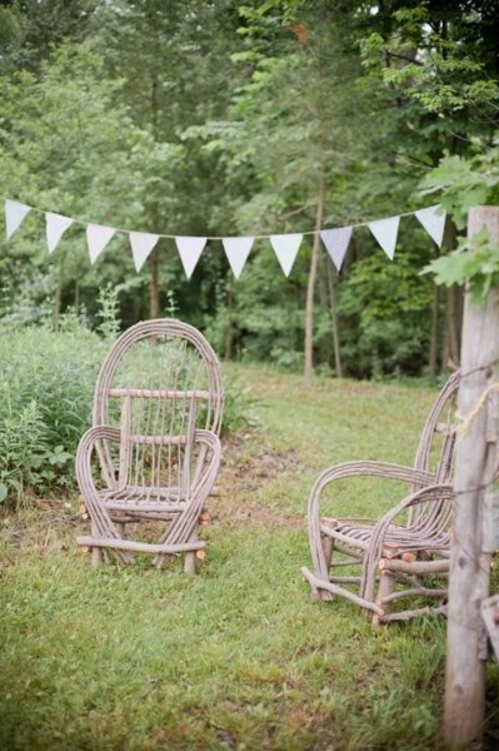 Rustic farm wedding decorations | fabmood.com #farmwedding #rusticwedding #weddingideas #weddinginspiration #rustic