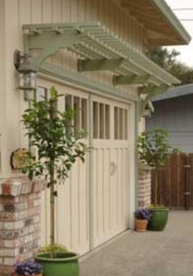 Trellis over garage doors | Landscaping ideas | Pinterest ...