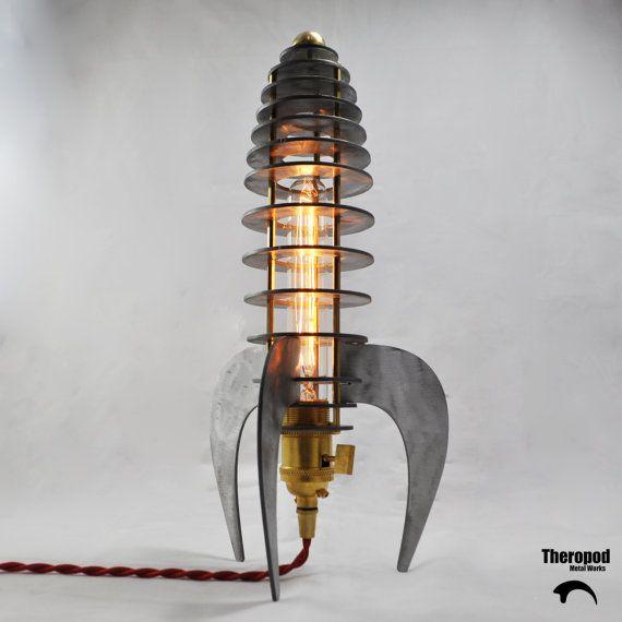 Rocket Lamp by Theropod Metal Works von TheropodMetalWorks auf Etsy