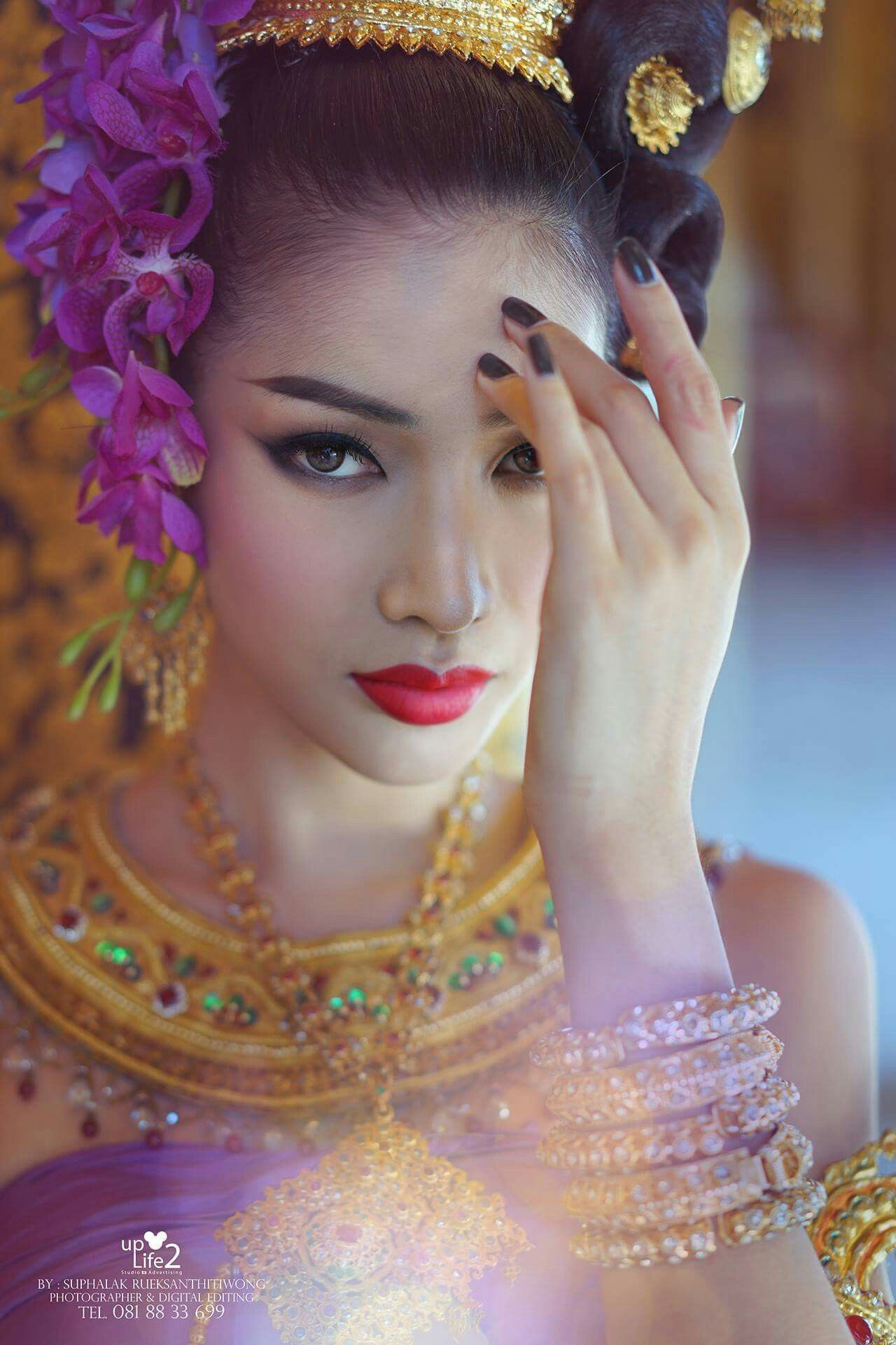 Pin by jisoobaby on thai traditional wedding dress