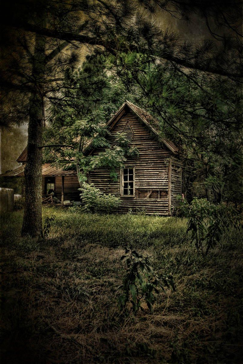 Little House On The Scary By Bill Z Photo 43741466