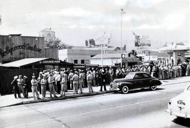 Front entrance to the Hollywood Canteen, Vine St., Hollywood, 1942