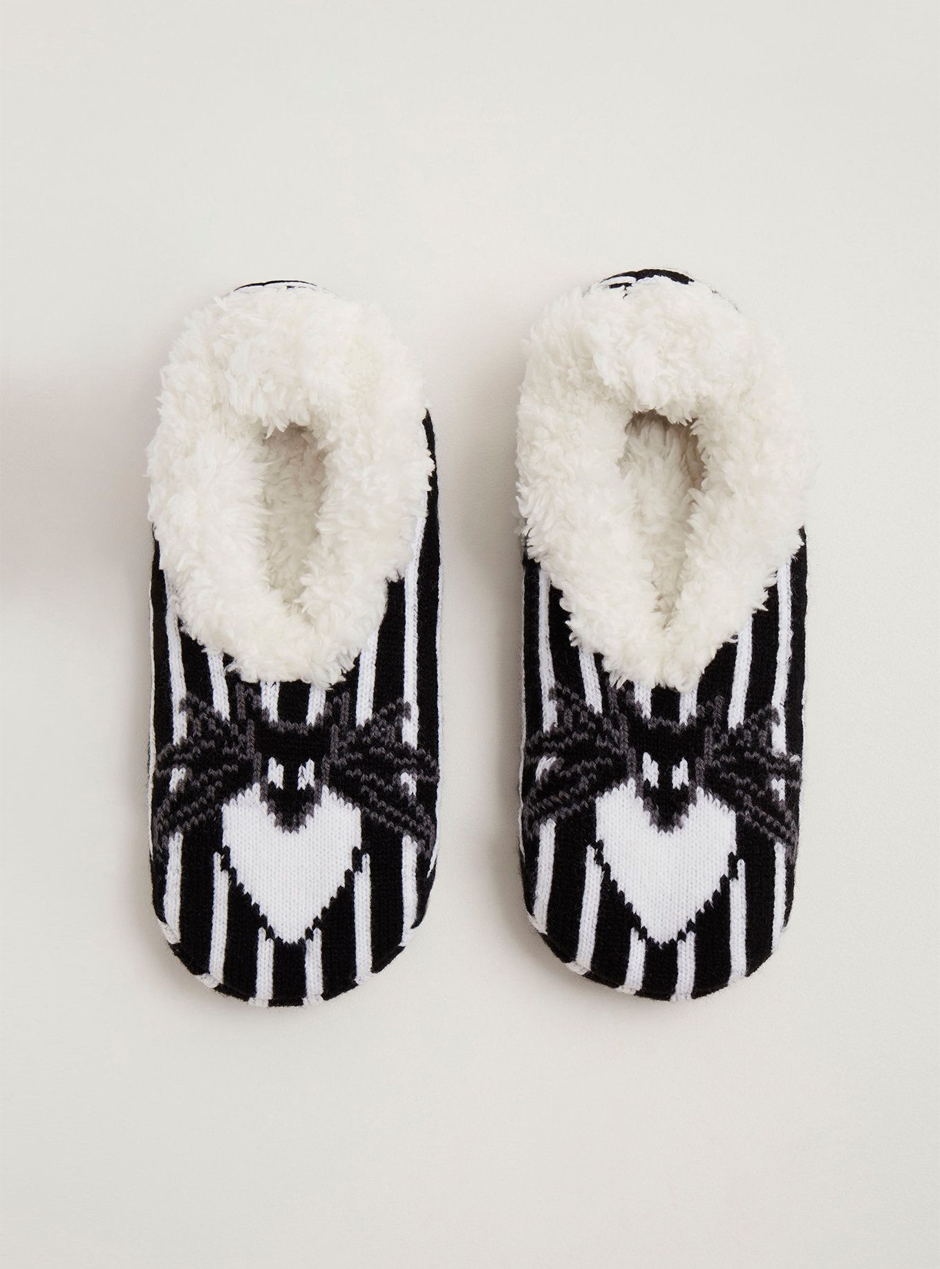 What\'s this? What\'s this? Your new favorite slipper socks, obviously ...