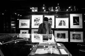 """Résultat de recherche d'images pour """"librairie taschen paris"""""""