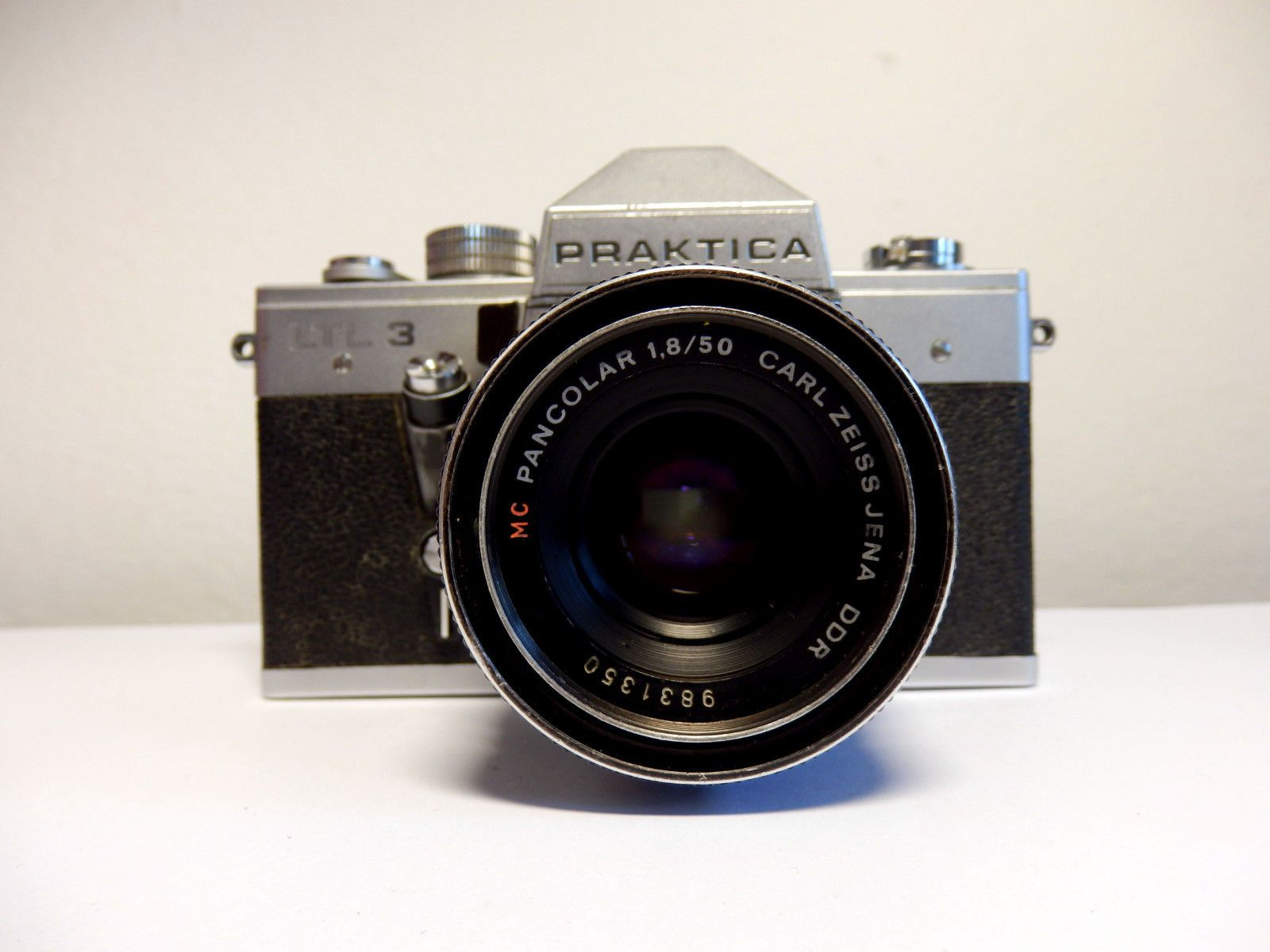 Vtg ddr praktica ltl3 slr 35mm camera with pancolar mc zeiss lens